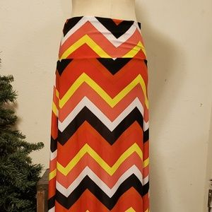 Long Maxi Skirt Bright colors Chevron Print